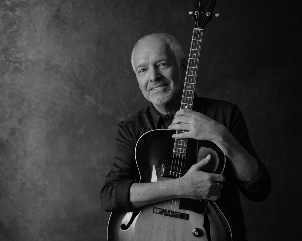 Peter Frampton RAW – an acoustic tour
