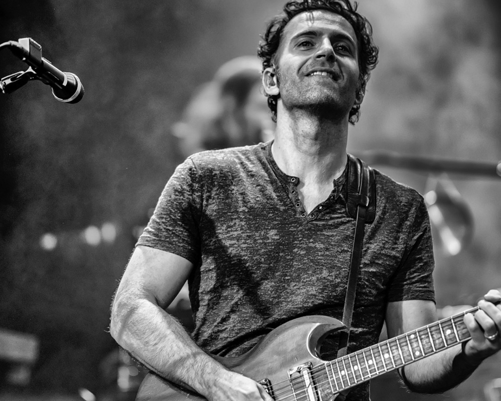 Dweezil Zappa: 50 Years of Frank
